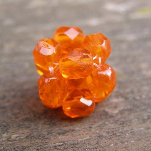 Přívěsek kostička, oranžová