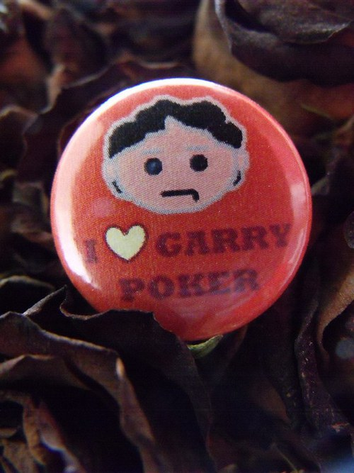 "Button ""I love Garry Poker\"""