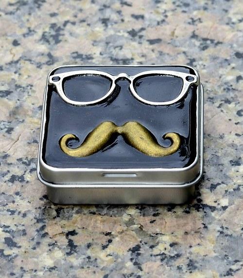Gentleman ..kovová krabička