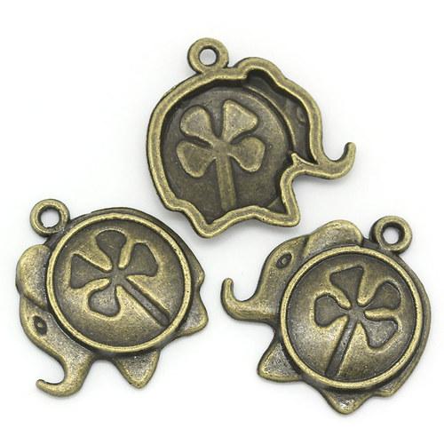 Bronzový přívěšek slon s čtyřlístkem 20 ks