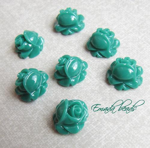 Resin květiny, kabošon zelená 1 cm