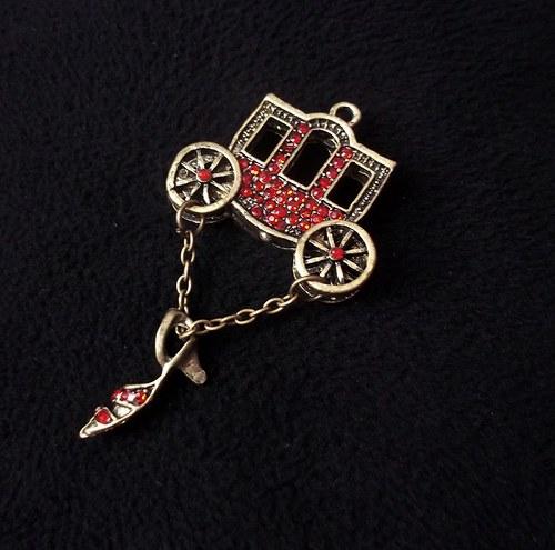 Kouzelný vintage přívěšek - kočár Popelky :)