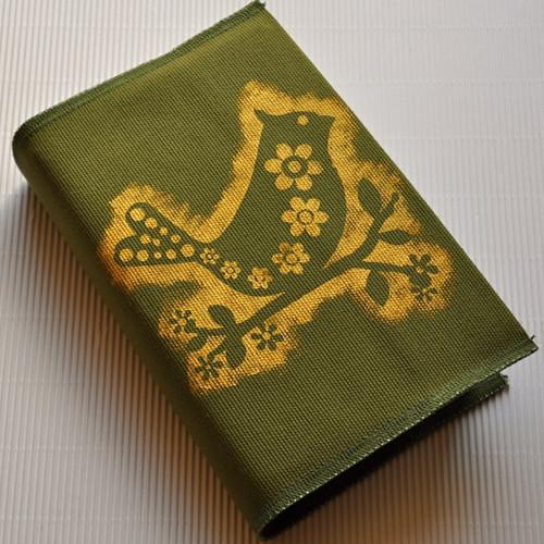 Ptáček, světle zelená - obal na knihu