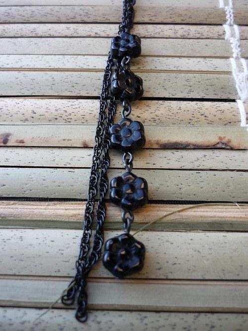Černý drobný řetízek