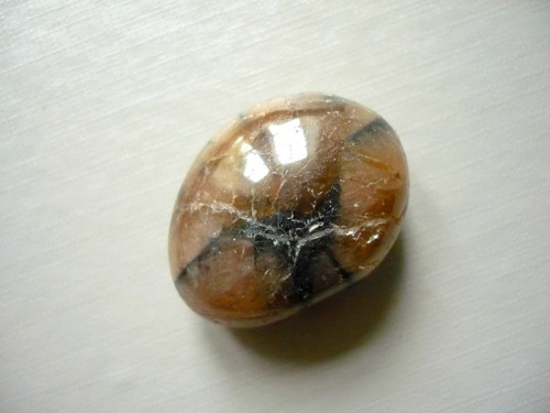 Troml. kamínek - chiastolit, č.15