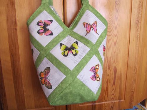 Veselá taška s motýly