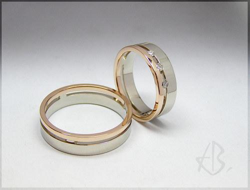 snubní prsteny, bílé a červené zlato