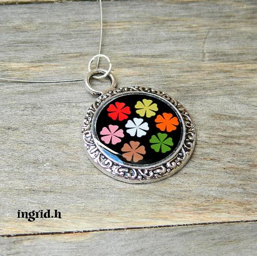 Náhrdelník Květinky