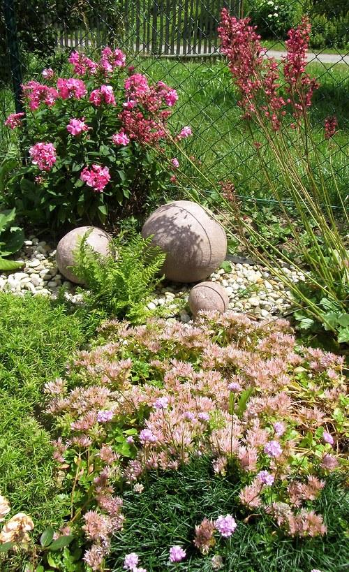 Betonové koule (hnědě melírované)