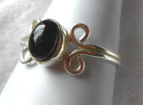 Stříbrný prsten - Onyx (7)