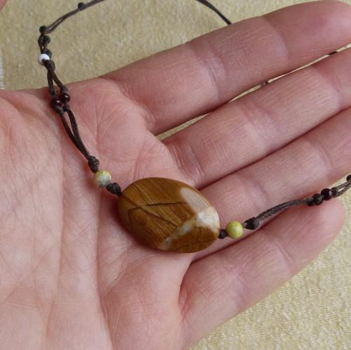 Náhrdelník vázací - jaspis dřevitý