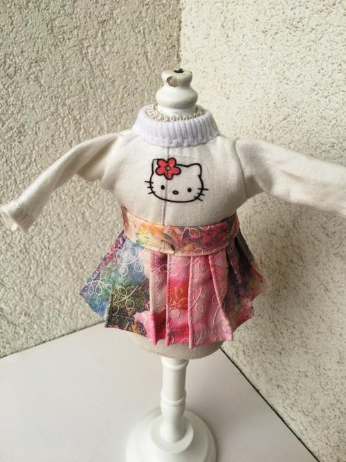 Tričko a suknička pre bábiky- 27 cm.