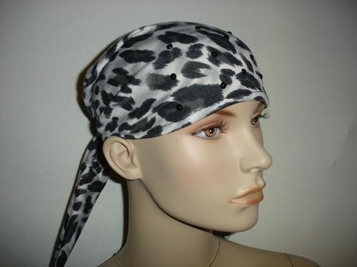 šátek šedočerný s kamínky