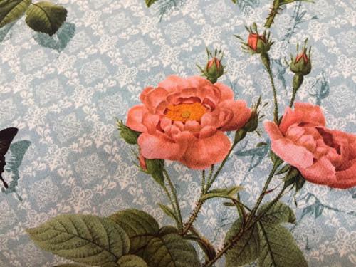 polštář s růžemi