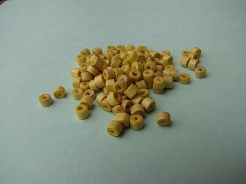 Dřevěné žluté ,20 kusů
