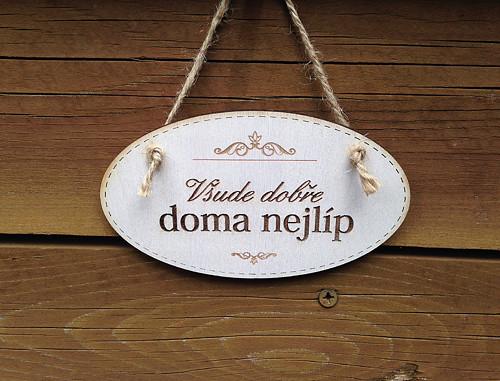 Cedulka Doma nejlíp - bílá 11,5 cm