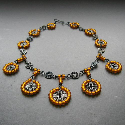 KOLEKCE ORIENT - medový náhrdelník
