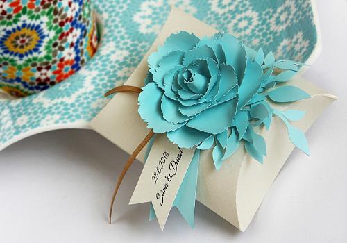 Krabička s květinkou