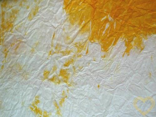 papír batikovaný mačkaný - bílo oranžový