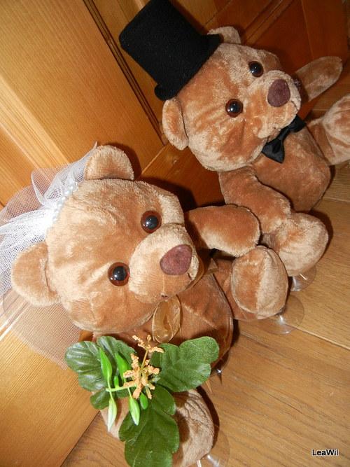Svatební plyšáci na auto - medvědi sv. hnědí