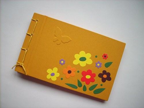Léto - vzpomínky Elišky -ručně vázané album