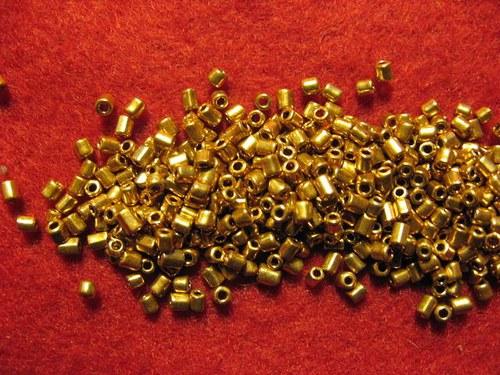 Rokajl pokovený 2mm 11/0    (cena 10gr)