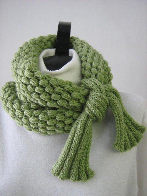 Zelená šála - nákrčník
