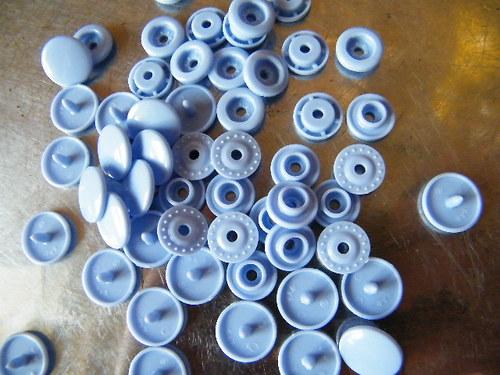 Plastové patentky KAM SNAP 500 sad