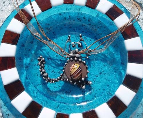 cínovaný šperk KOČKA