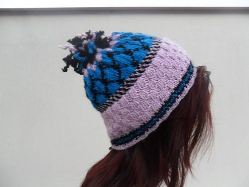 Kuliška - Sportovní ručně pletená dámská čepice