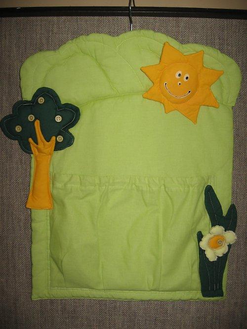 sluníčkový kapsář - pyžamáček