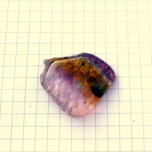 Kámen skleněný 80C