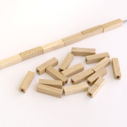 Dřevěné korálky KVÁDR 4x4x16 mm (cena 35ks) GAMEWA