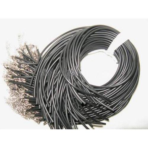 pryžová šňůrka 3mm/ černá/ 43cm/ 1ks