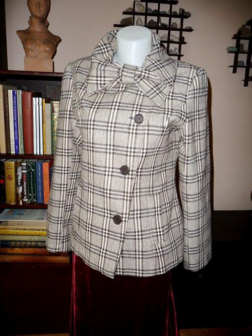 Károvaný kabátek s mašlí, 30% vlna