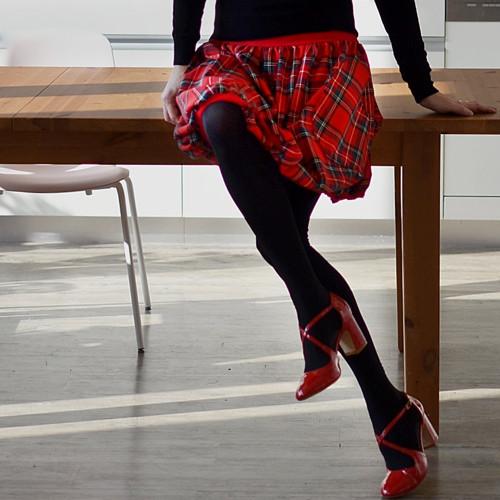 Kostkáčovka červená teplejší - sukně na míru