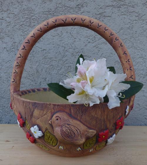 """Košík ,,Ptáček a červenobílé květy\"""" / na obj."""