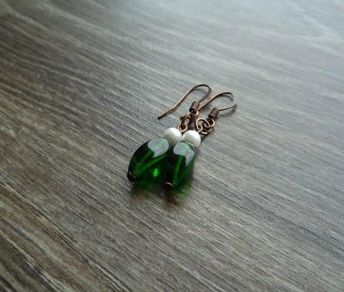 Zeleno bílé