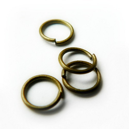 spoj. kroužky bronz - 8mm 30ks