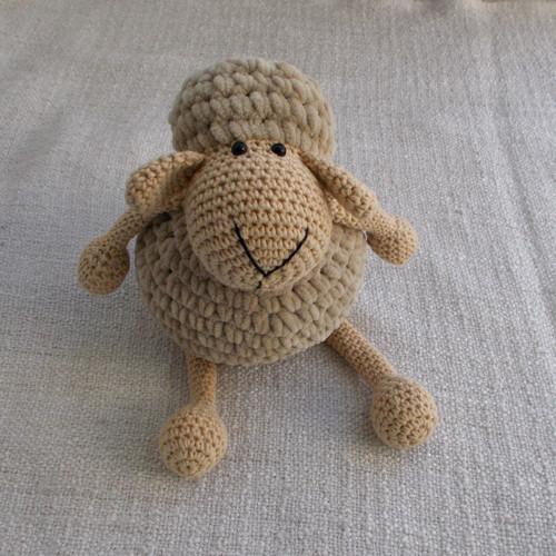 Ovečka háčkovaná - béžovosv.hnědá