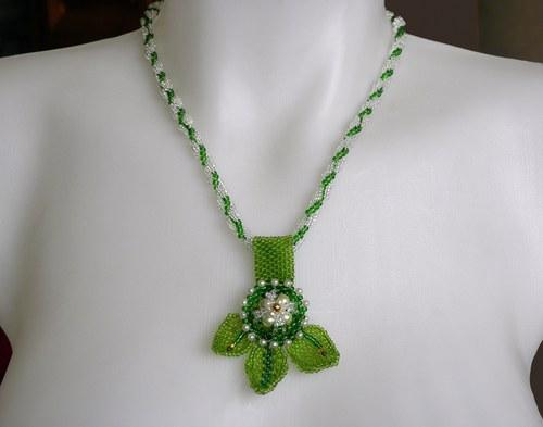 Bylinkový náhrdelník
