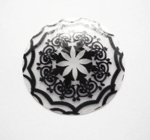 Perleťové kolečko s ornamentem