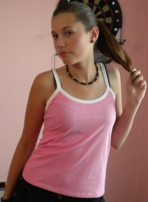 Růžová košilka