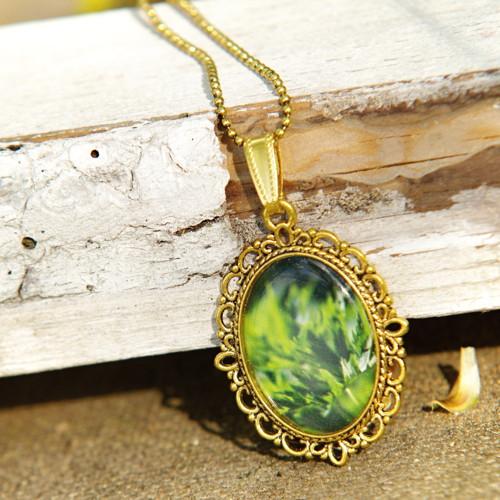 Zelená louka náhrdelník