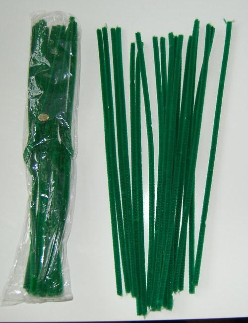 Tmavě zelený chlupatý drátek - tenký (víc využití)