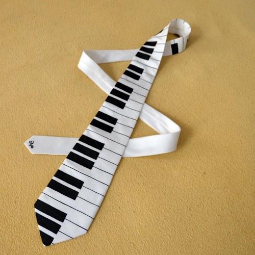 Hedvábná kravata s klaviaturou