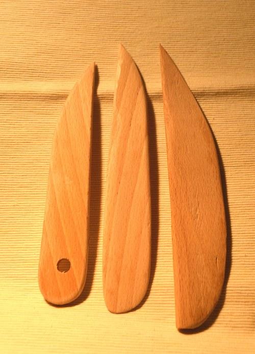 Dřevěná špachtle typ Štít
