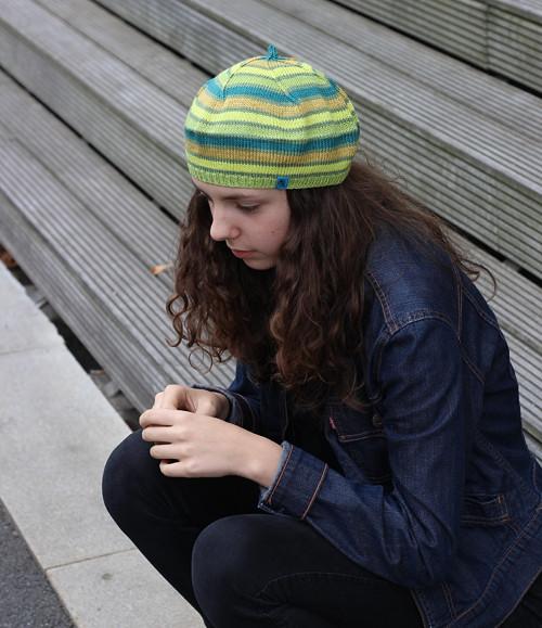 pletený baret zelený č. 453 sleva 30%
