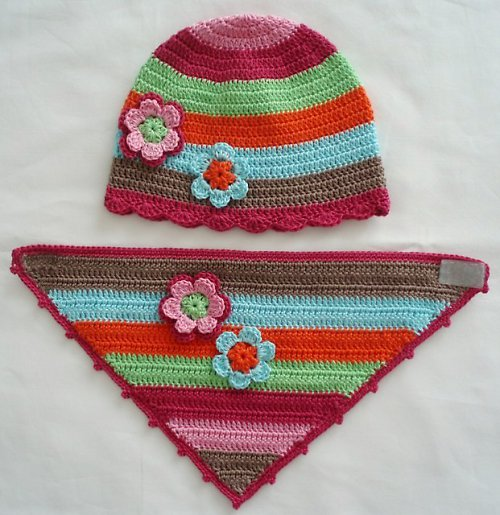Háčkovaná čepička + šátek na krk 190