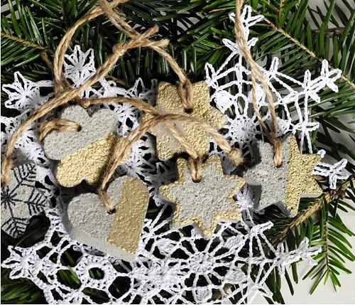 Sada vánočních ozdob, betonky zlatá s černou #135